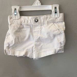 Old navy White shorts size 2T